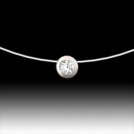 Pendentif diamant serti clos 0.20 cts, fil nylon.